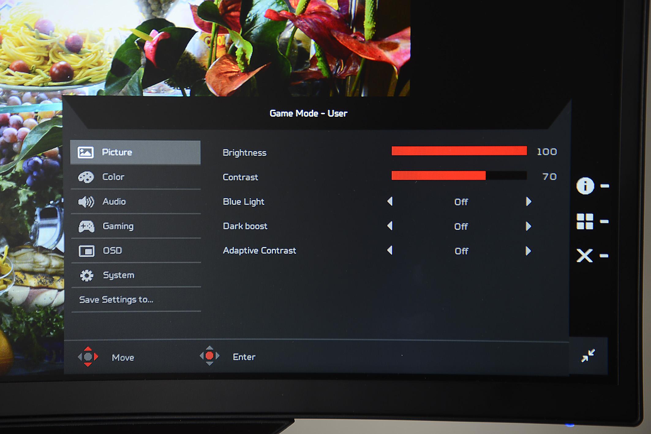 Ab Werk ist die Maximalhelligkeit leicht reduziert, so dass die von Acer beworbene Leuchtdichte von 300 cd/m² nicht ganz erreicht wird. Indem der Helligkeits-Regler auf 100 gestellt wird, erhöht sich das LED-Backlight, und der beworbene Helligkeitswert wird sogar übertroffen. Einfluss auf den Kontrast hat diese Einstellung allerdings nicht, weil der Helligkeits-Regler nicht (wie allgemein üblich) dunkle Bildinhalte regelt, sondern ausschließlich die Hintergrundbeleuchtung verändert.