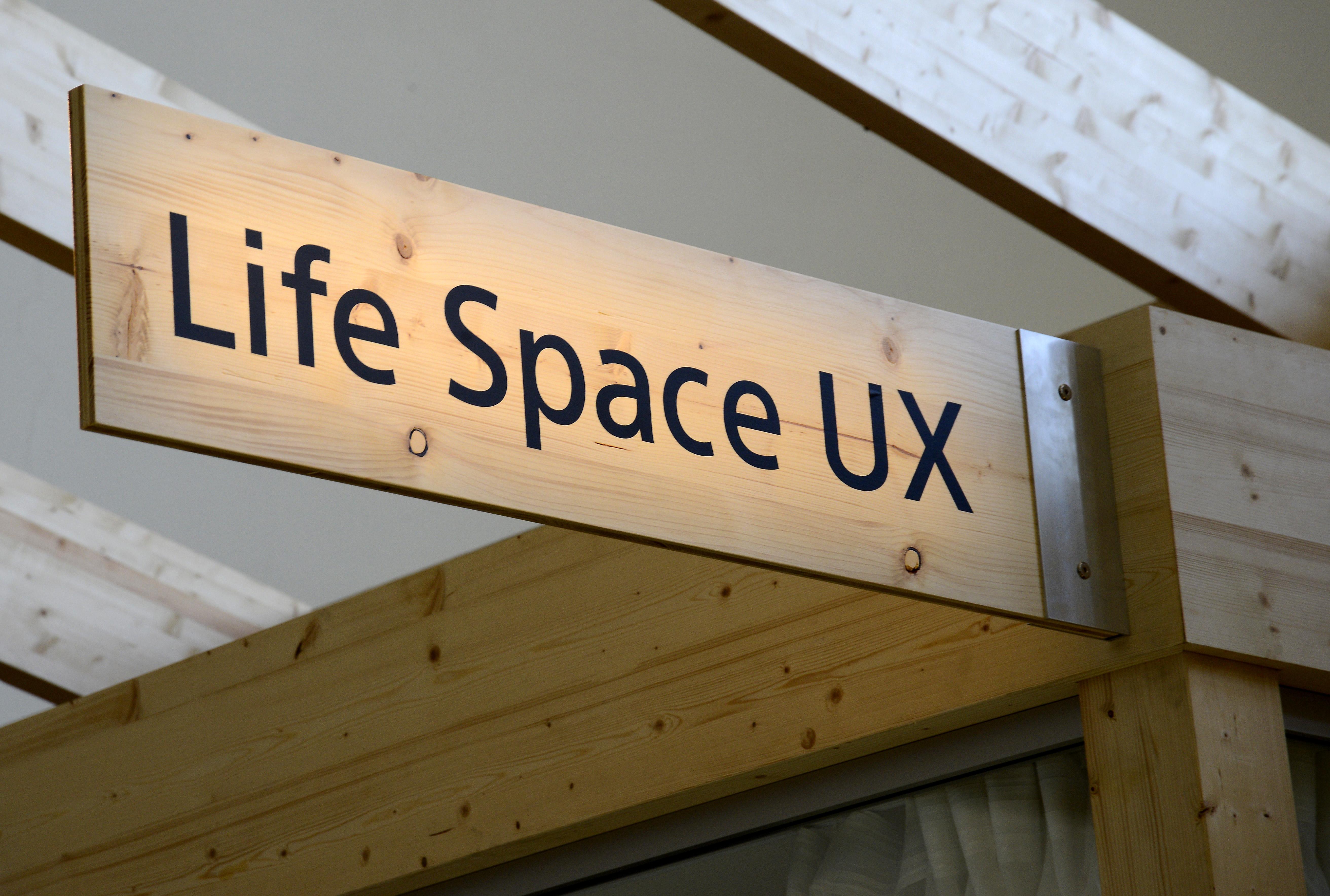 Foto: Michael B. Rehders Im Life Space UX werden Innovationen von Sony vorgestellt, die in den nächsten Jahren Marktreife erlangen sollen. Unbedingt mal reinschauen. Was heute schon technisch möglich ist, begeistert mich.
