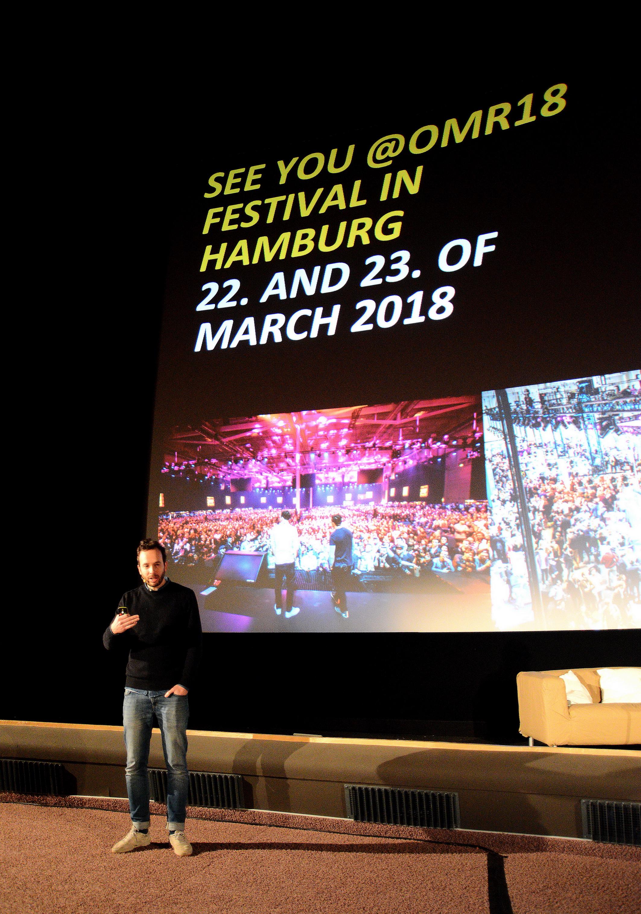 Foto: Michael B. Rehders Mit zahlreichen Videos wurde eine sechsstellige Fangemeinde aufgebaut. Wird über diesen Kanal zu einem Event aufgerufen, hat die Einladung so viel Gewicht, dass zahlreiche User dieser Einladung auch folgen. Marketing durch Authentizität.