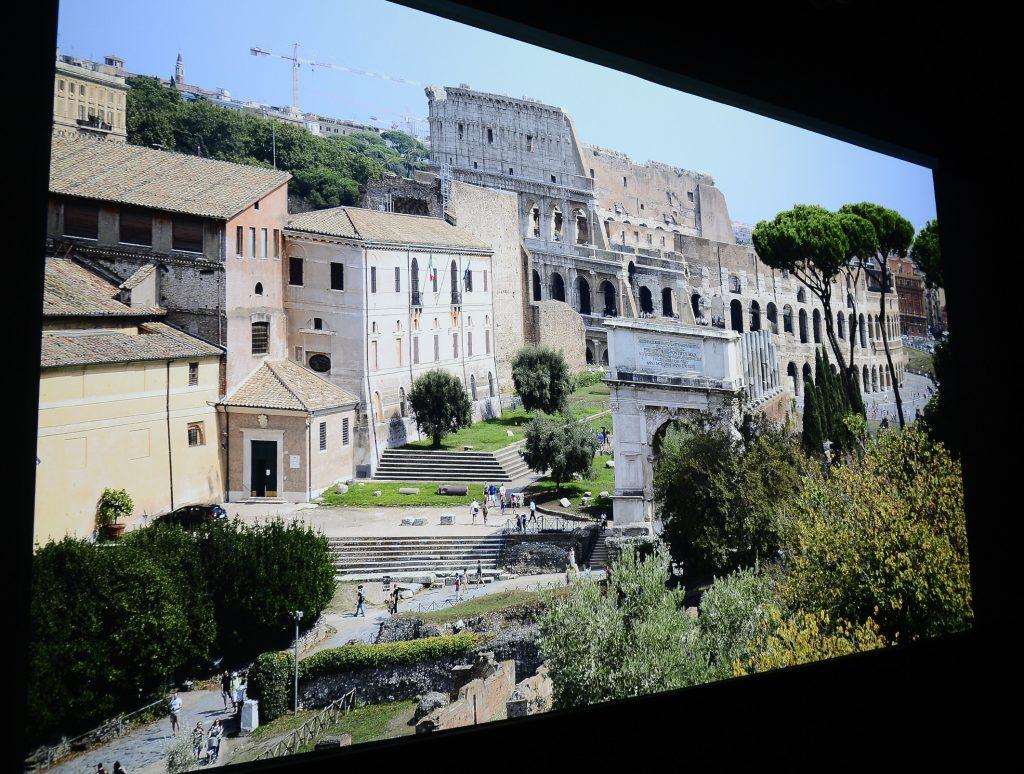 Diese Fotoaufnahme aus dem Forum in Rom bietet zahllose Dinge, die es zu entdecken gilt. Foto: Michael B. Rehders (Originalaufnahme)