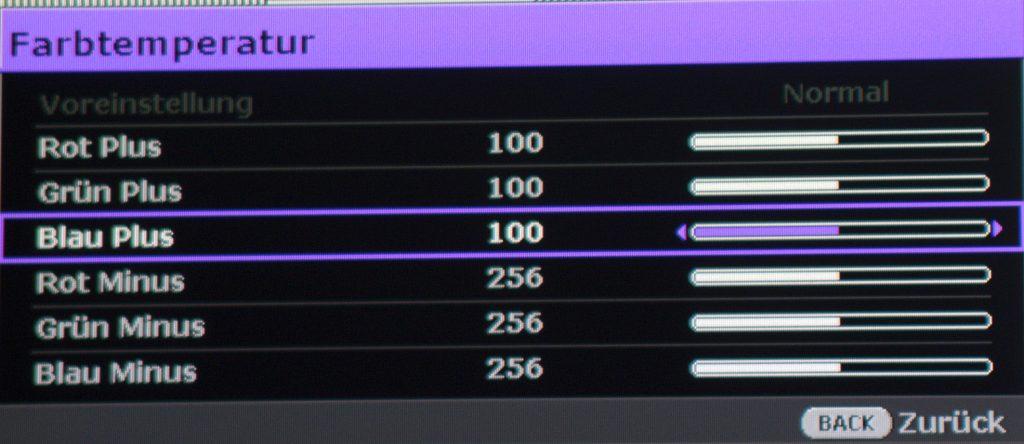 """Die Regler """"Grün Plus"""" und """"Blau Plus"""" jeweils auf 100 setzen. Fertig!"""
