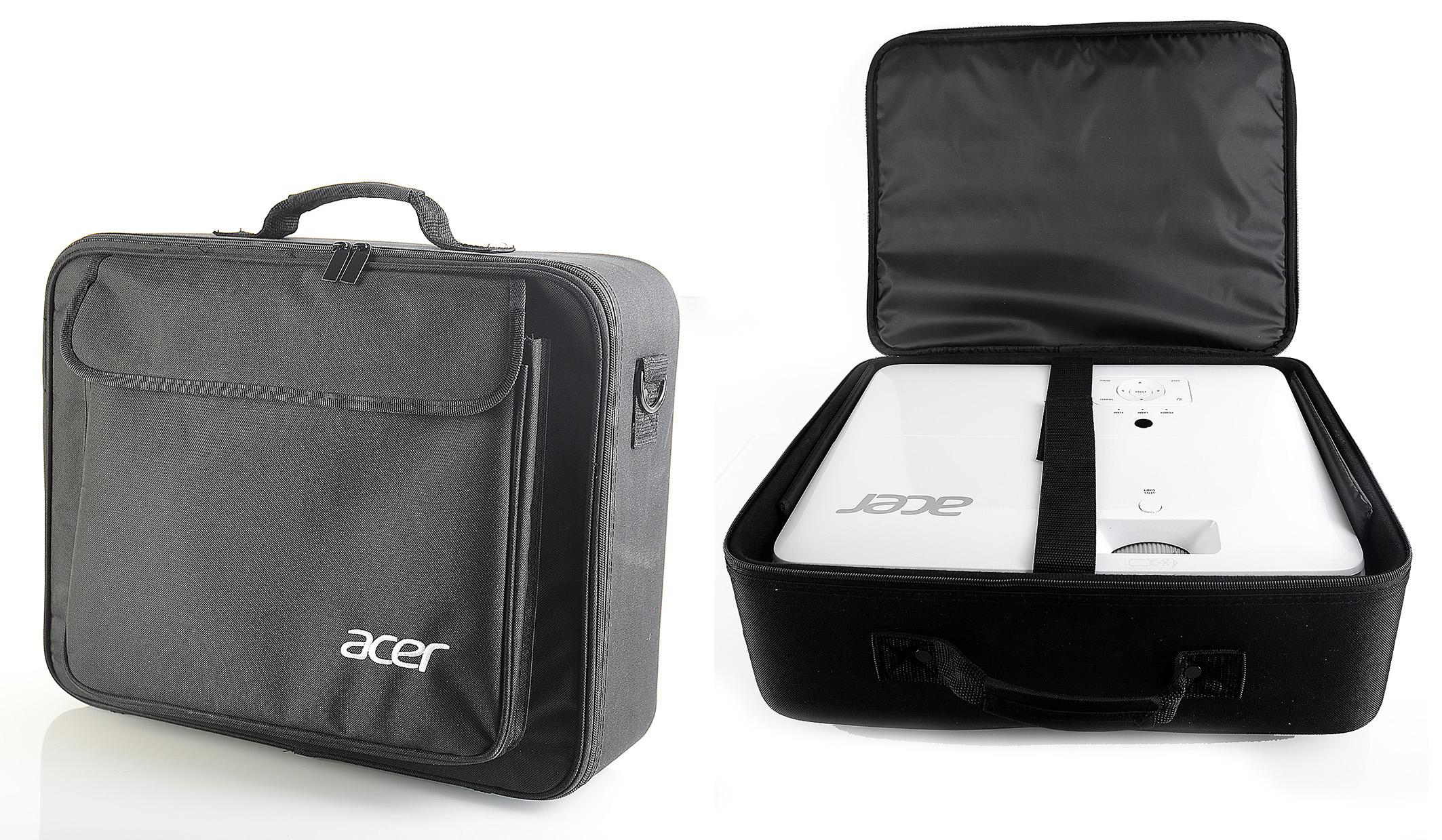 Foto: Michael B. Rehders - Die schwarze Tragetasche sieht nicht nur schick aus, sie schützt den Acer V7850 zuverlässig auf dem Transport.