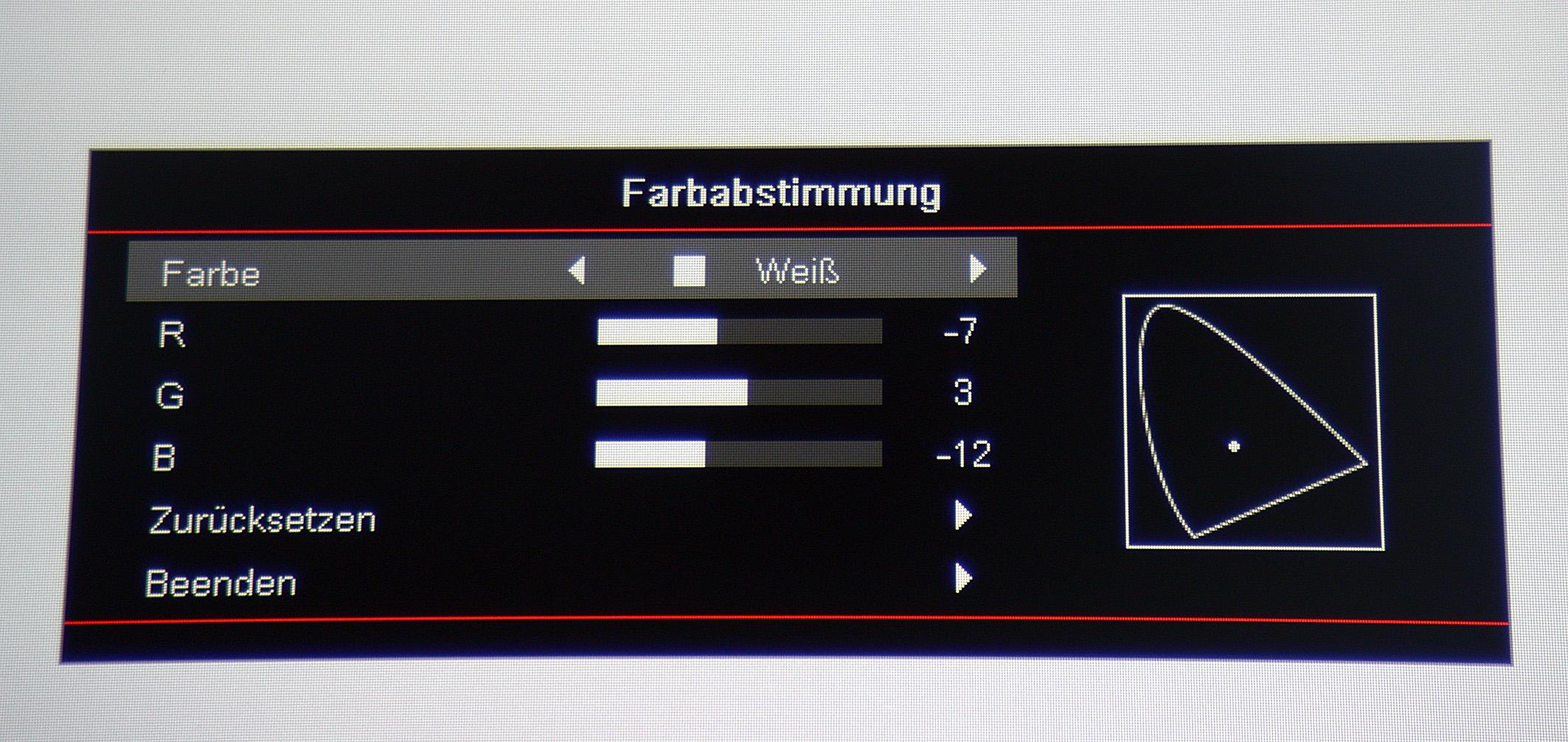 """Im Menü """"Farbabstimmung"""", das für die Einstellung der Primär- und Sekundärfarben vorgesehen ist, gibt es neben Rot, Grün, Blau, Magenta, Cyan und Gelb noch zusätzlich den Reiter """"Weiß"""". Mit dem Letztgenannten kann die Farbtemperatur perfekt eingestellt werden. Die RGB-Parameter sorgen für einen ausgesprochen linearen Graustufenverlauf. Klasse!"""