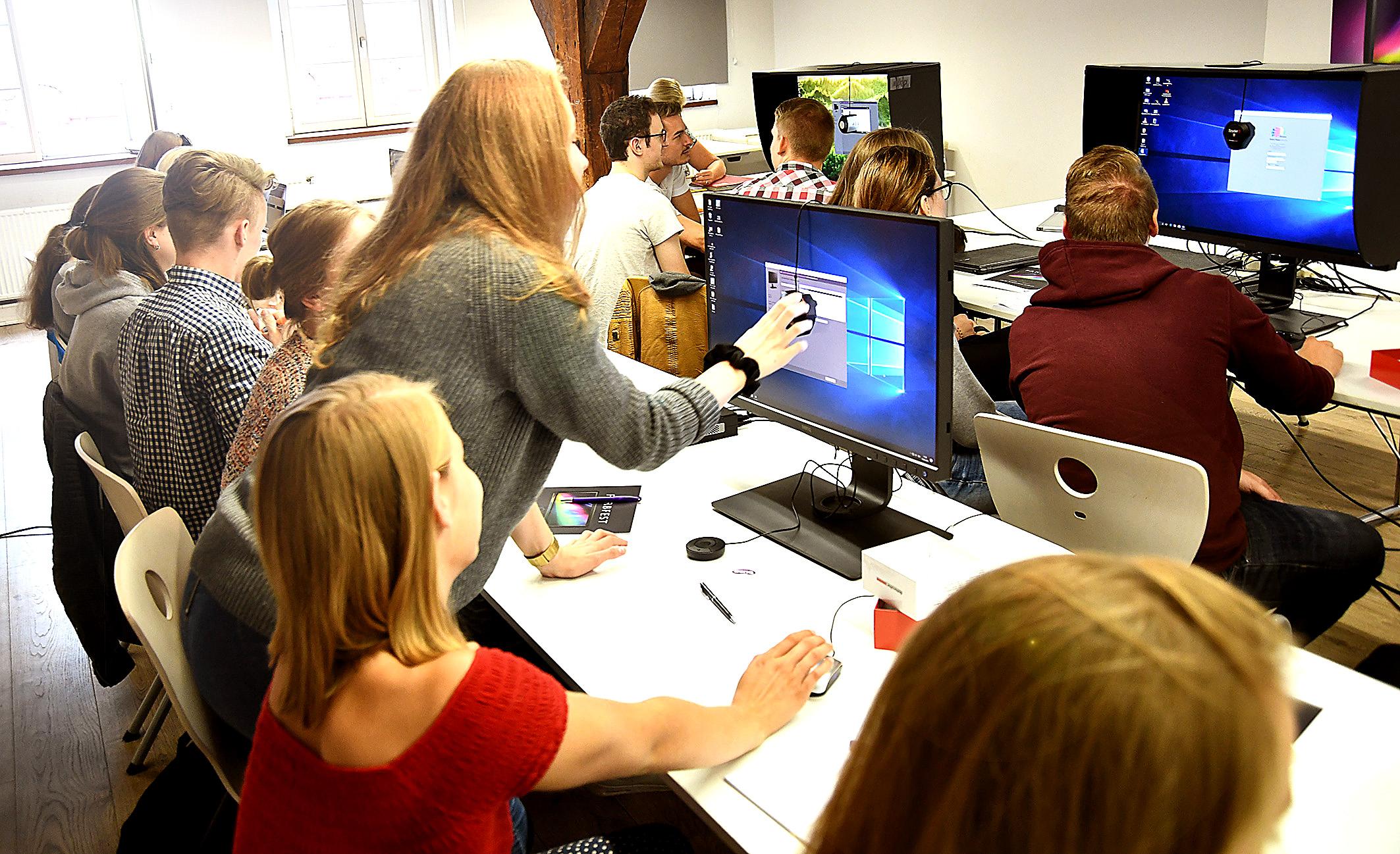 Foto: Michael B. Rehders - Riesenandrang auf der IN.D! Der Kalibrier-Workshop platzte aus allen Nähten.