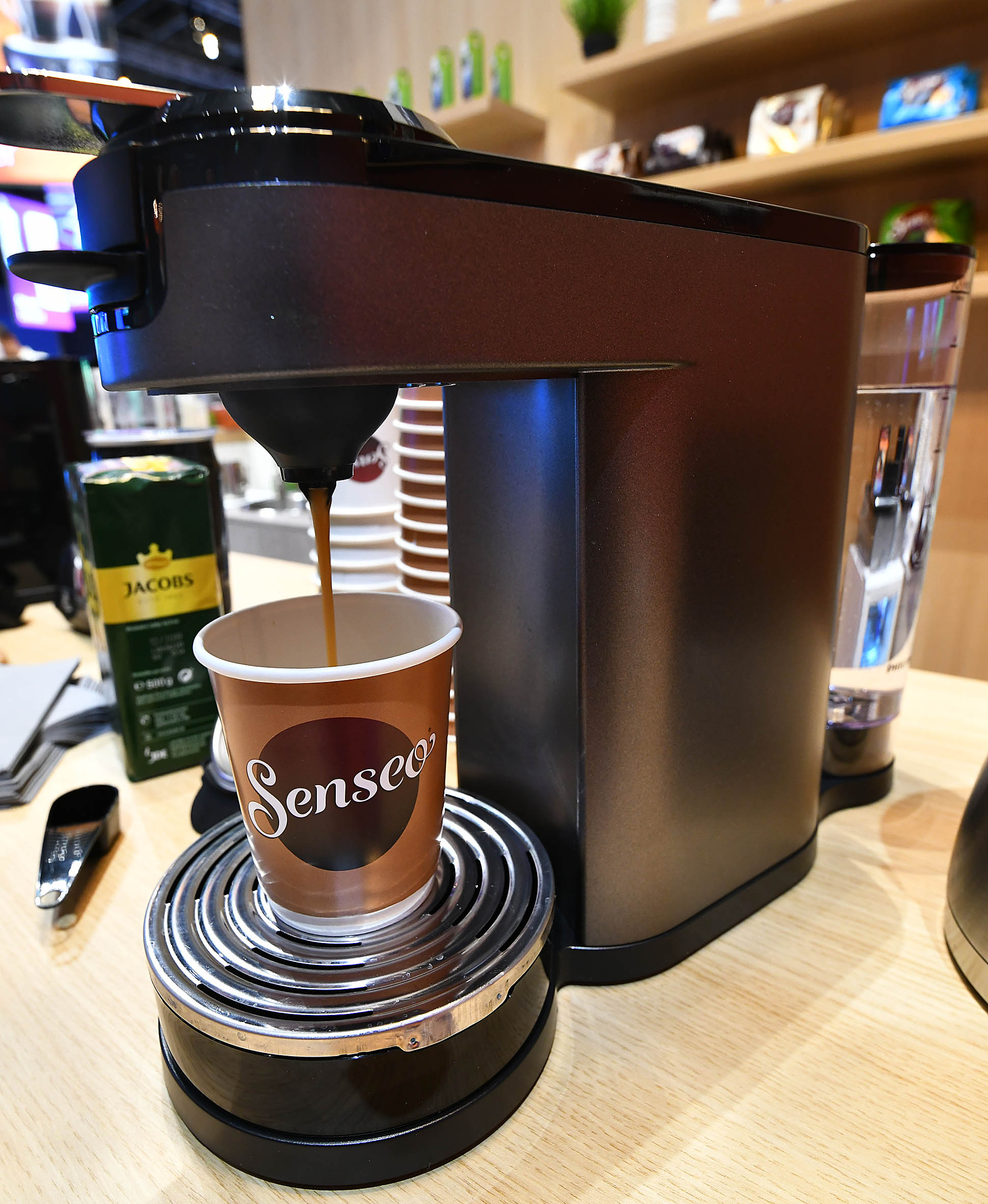 Foto: Michael B. Rehders Kaffeegenuss pur. Senseo aus der Philips-Kaffeemaschine.