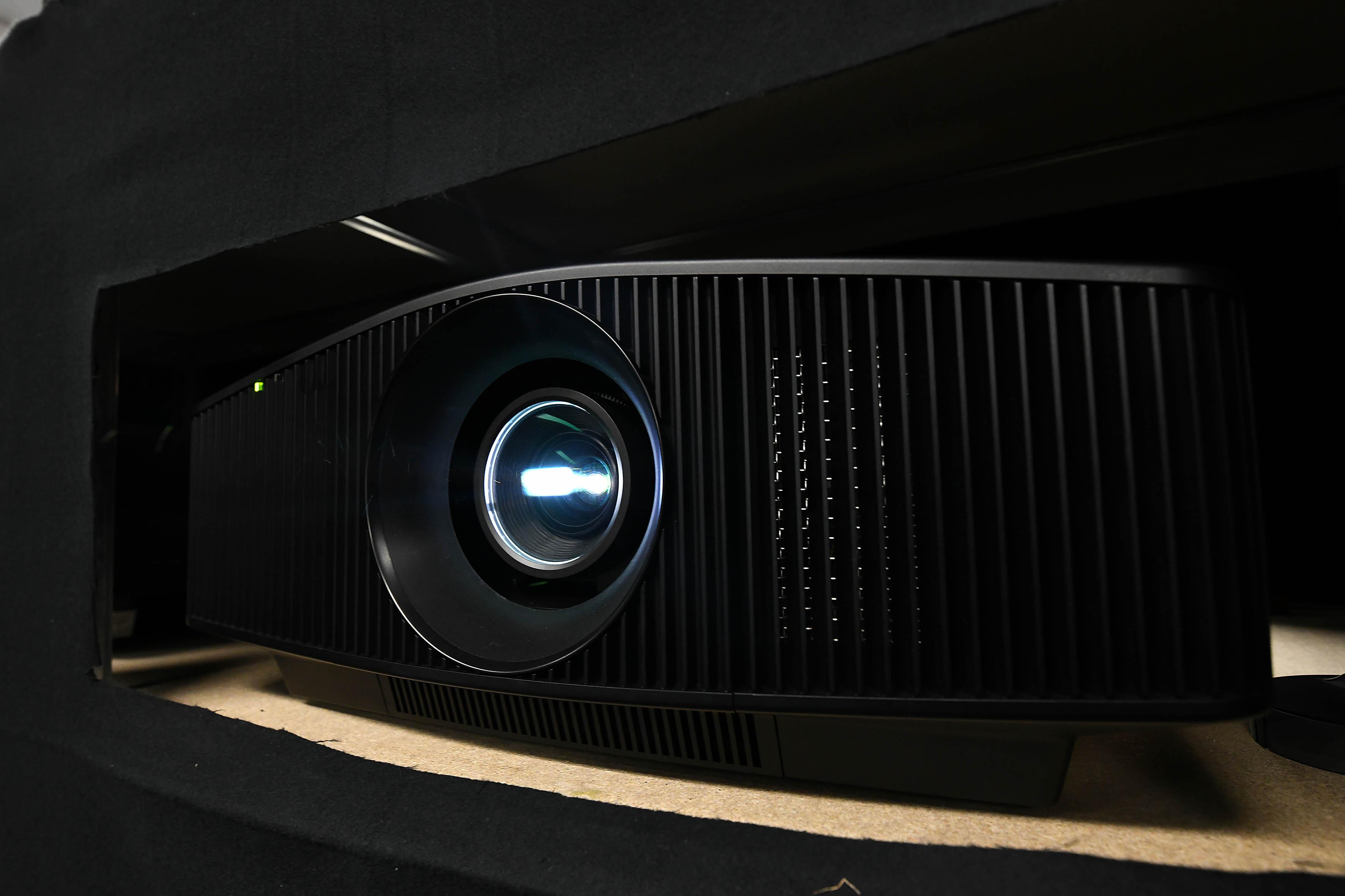 Foto: Michael B. Rehders Sony VPL-VW870 für 25.000,- Euro