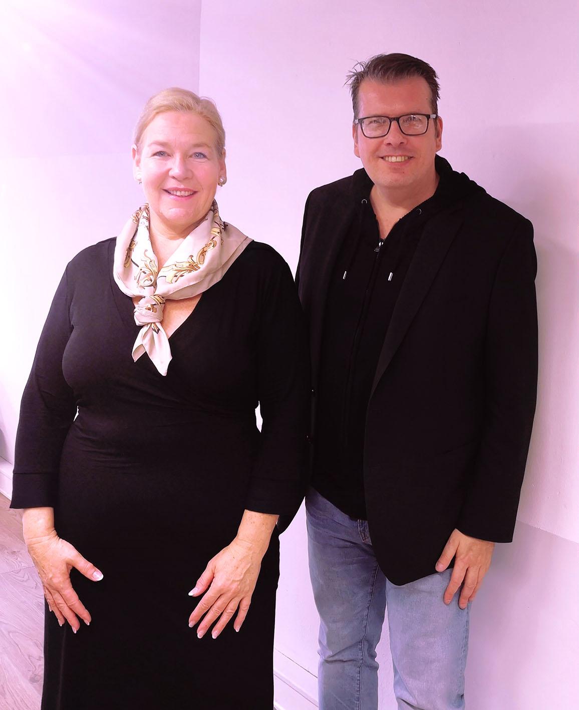 Professionelles Team. Ulrike Krämer (IND) und Michael B. Rehders.