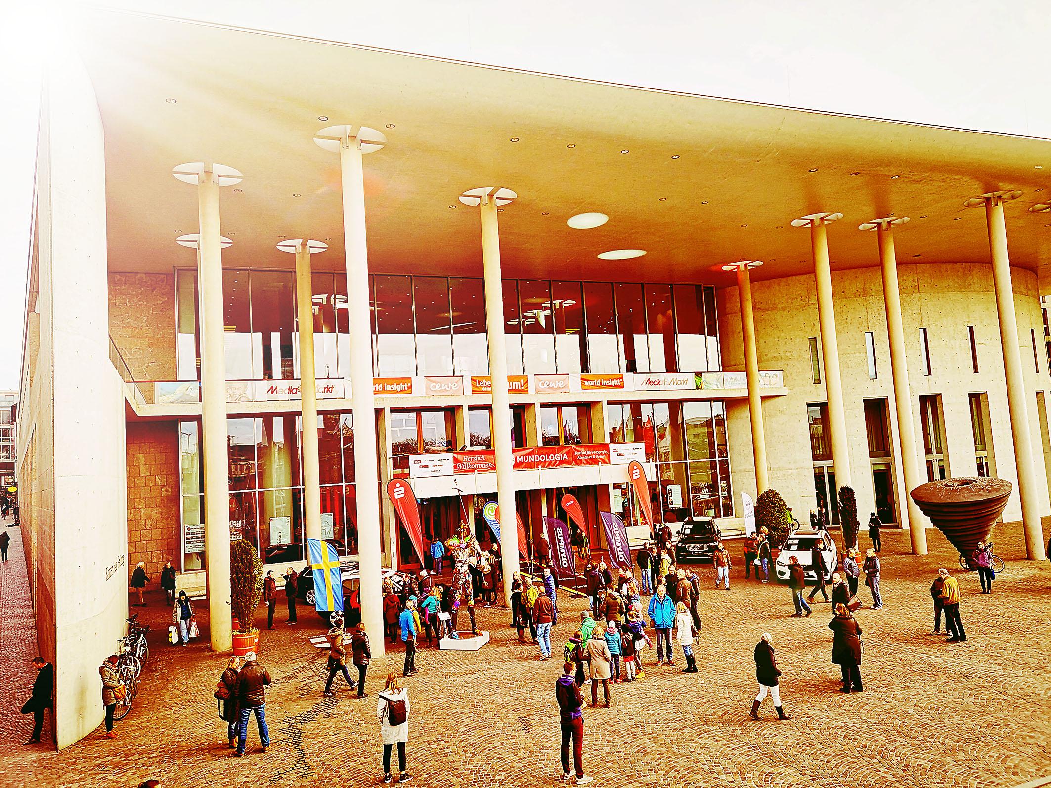 Foto: Michael B. Rehders - Konzerthaus Freiburg kurz vor der Eröffnung der Mundologia 2019