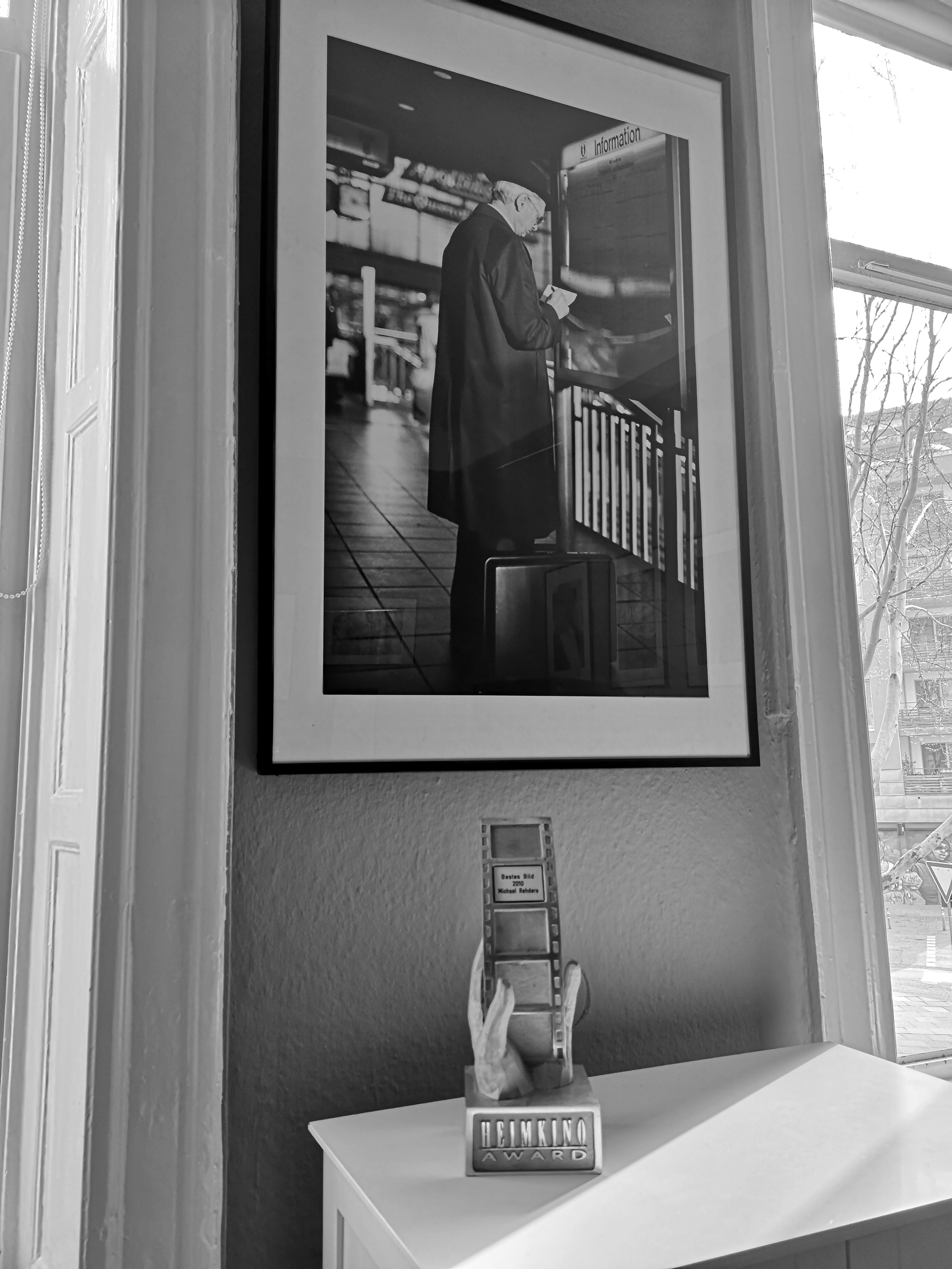 """Foto: Michael B. Rehders - Hier der Award, den ich für das """"Beste Bild 2010"""" von der HEIMKINO bekommen habe. Inzwischen schreibe ich sogar für das Magazin."""