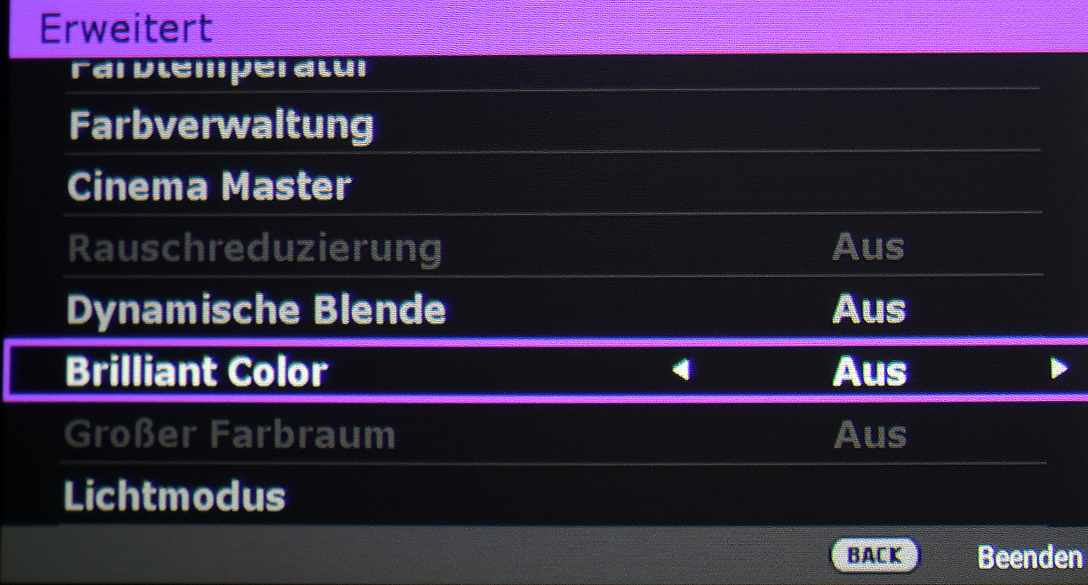 "Optimale Einstellung: - Bildmodus ""D. Cinema"" - Dynamische Blende ""Aus"" - Brilliant Color ""Aus"""